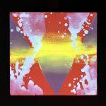 Psiconauta 01 in mutamento sotto l'effetto delle frequenze luminose